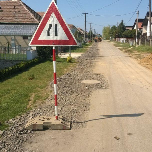 Kanalizácia a ČOV Veľké Ripňany 2. etapa